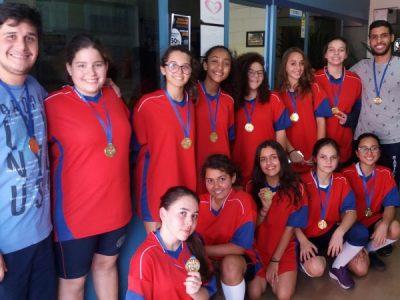 Basquete feminino ganharam o primeiro lugar na XIV Olimpíada de Ferraz